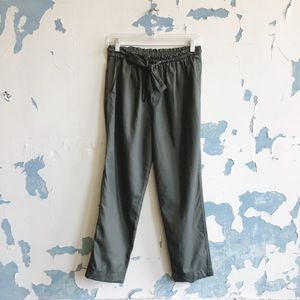 Gap Olive Army Green Drapey Pull-On Cropped Pants